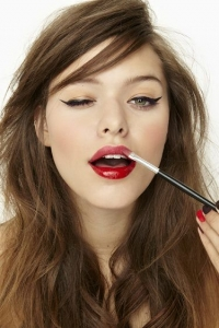 5 Minute Makeup Shortcuts You Need in Your Life