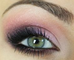 Which Color Eyeshadow is Right for Your Eyes