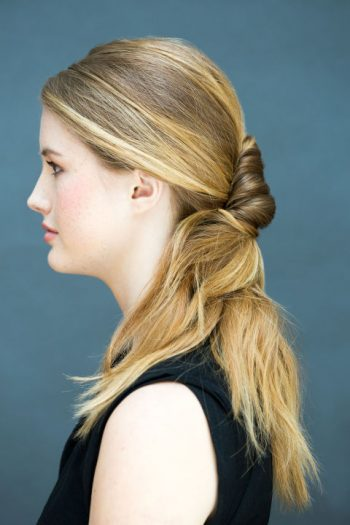 10 Hair Styles You Can Do in 5 Minutes or Less6