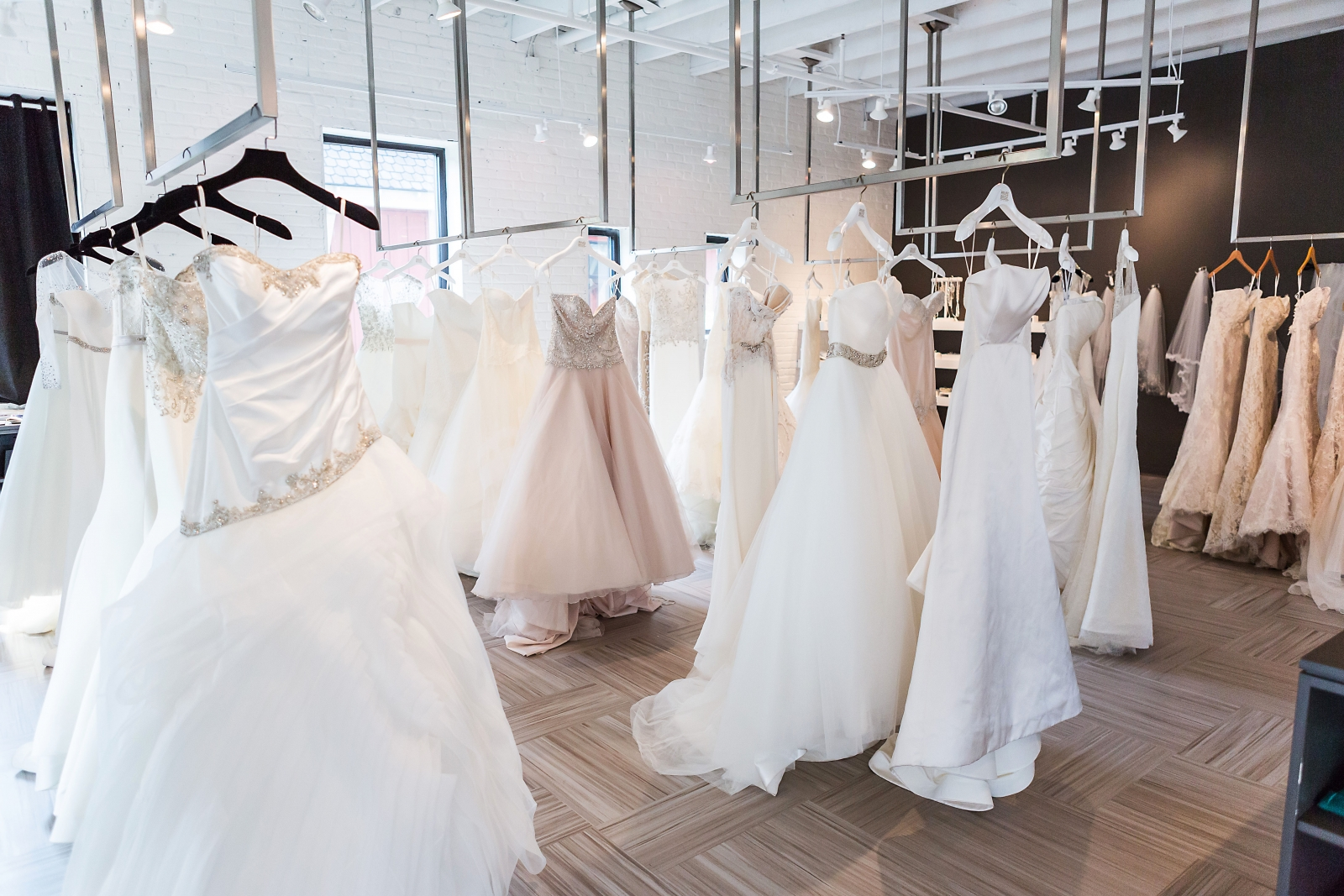 Bridal & Veil Outlet & offers an atmosphere with the personal assistance and products of a high end boutique at outlet prices – up to 75% off regular retail pricing.